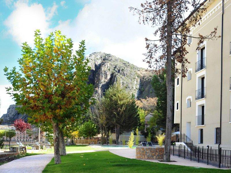 04-hotel-calatayud-sercotel-alhama-de-aragon-exterior