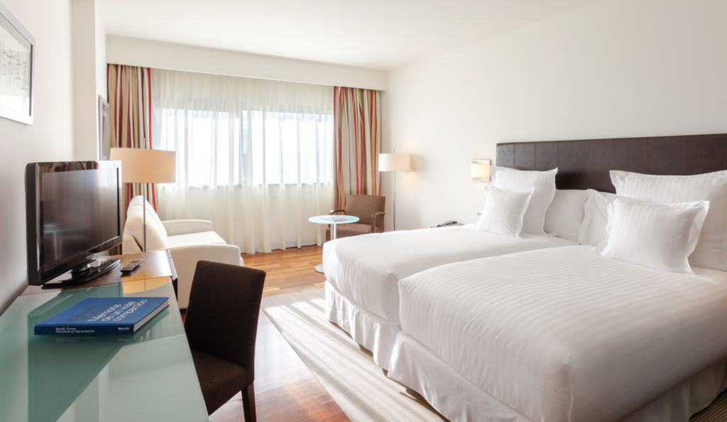 Planes románticos en Madrid: Escapada romántica de hotel con spa y cena en Hotel Barceló Aranjuez 4*