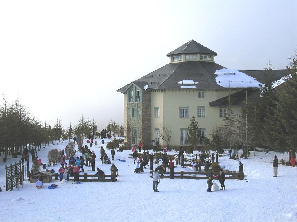 Actividades de nieve con niños en Sierra Nevada Granada