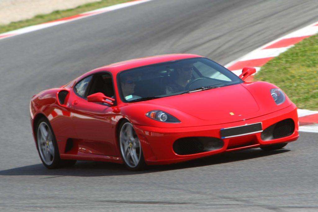 Gift ideas for a man: experience driving a Ferrari