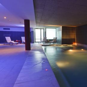 Noche Romántica: Circuito Spa, Masaje y Cena para dos en Hotel Balneario de Areatza (Vizcaya)