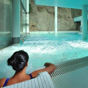 Escapada Romántica con Spa y Cena en Hotel Balneario la Hermida 4* (Cantabria)