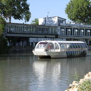 Paseo en Barco con Barra Libre y Ruta Turística Guiada (Aranjuez, Madrid)