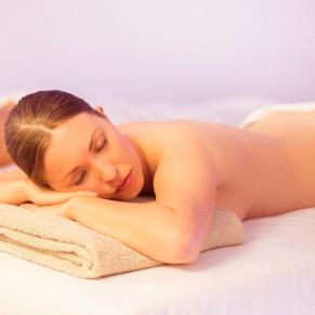 Jacuzzi Privado, Sauna y Masaje Relajante para dos en Hotel Meliá Castilla 4* (Madrid)